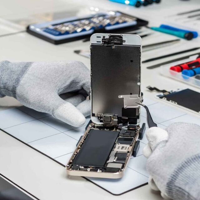 Quinte Cell Phone & Tablet Repair - Photo by David Ford.