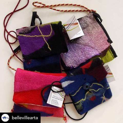 @bellevillearta is one of many amazing participants in the Downtown Districts Girls Night Out. If you are looking for one of a kind gifts, be sure to mark Thursday, November 21st from 6-9 pm on your calendars and get a jumpstart on your Christmas Shopping. Posted @withrepost • @bellevillearta These amazing felt purses by BAA member and artist @casson.marion are now available at our gallery... a perfect Christmas gift! #buylocal #supportlocal #dtbelleville #art #fibreart #fibreartist #bayofquinte #bellevilleontario #BAA #purses