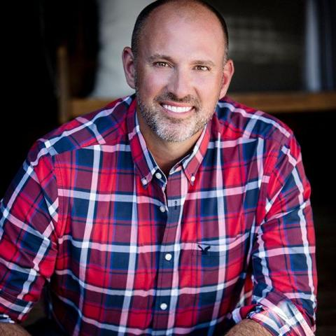 We're excited to have landscape designer and television personality Carson Arthur as one of our Judges for #SavourTheChill 🥣⁠ He will join a panel of 5 judges that will travel around during the event to critique the soups based on taste, presentation and creativity.⁠ ⁠ Carson is a tv mainstay as part of the North American Cityline team. Carson also writes a column for the Halifax Chronicle Herald, the Sun media group including the Toronto Sun about outdoor design and appears regularly in a variety of magazines with guest articles. He's also the author of the sold-out book Garden Designs for Outdoor Living and has a new 2019 book called Vegetables, Chickens and Bees.⁠ Carson also has a destination garden market in PEC @carsonsgardenmarket. ⁠ 🥣Come downtown on February 22 starting at noon to enjoy $2 soup samples from 17 different restaurants then vote for your favourite!⁠ ⁠ Event link in bio. Register for FREE!⁠ ⁠ • Save your Toonies! Soup Samples are $2 each (4 oz)⁠ • Bring your own spoon and be kind to our earth⁠ • Vote online for your favourite soup on the day⁠ • Soup's on no matter the weather!⁠ ⁠ ⁠ ⁠ ⁠ ⁠ #downtownbelleville #dtbelleville #visitbelleville #bellevilleontario #greatwaterway #southeastontario #ontario #discoverontario #lunchtime #lunchbreak #bellevilledowntowndistrict #savourthechill #soupcontest #historicdowntown #downtownevents⁠ #savourthechill2020 #soupcontest #soup #food #foodie #instafood